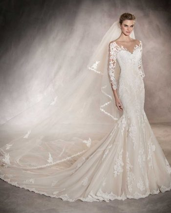 Tibet Pronovias stockist Cambridge