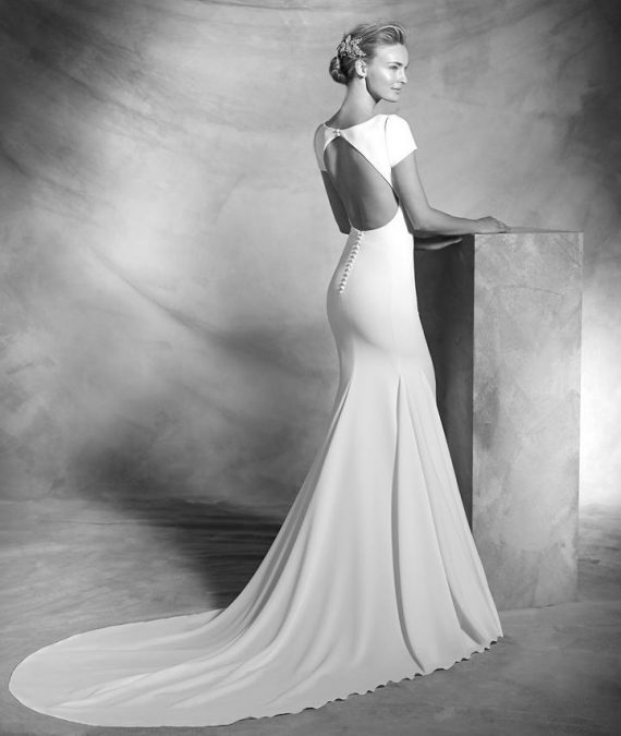 Elegant Wedding Dress Hertfordshire