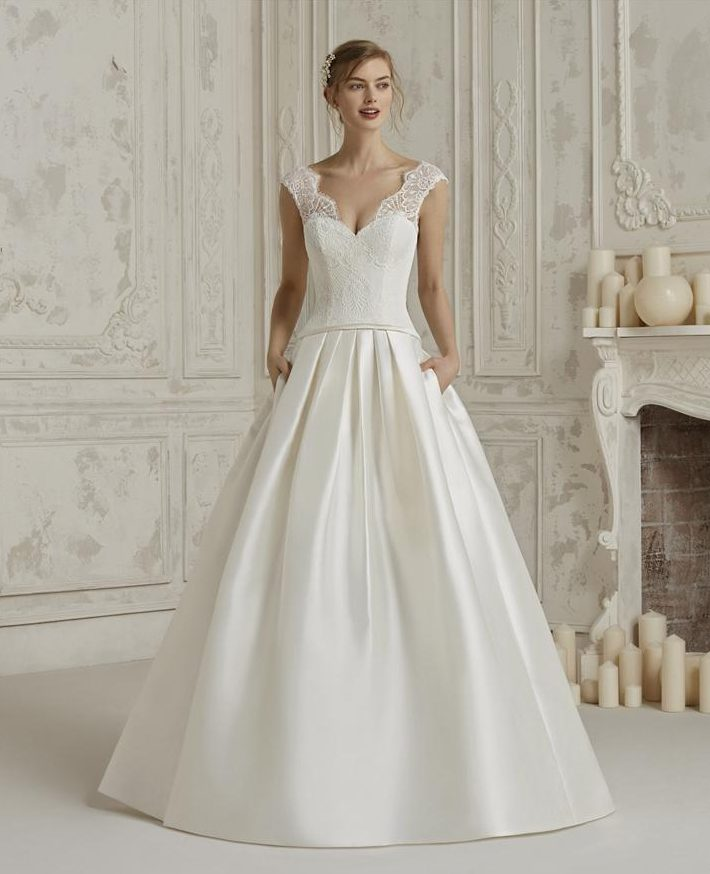 Pronovias Stockist Hertfordshire
