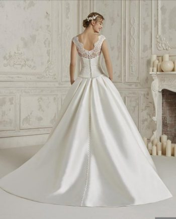 Cambridge Premium Dealer Pronovias